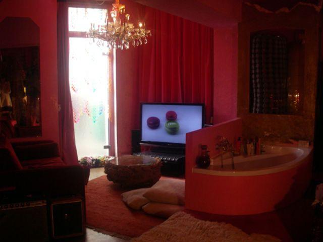 Vue de la salle de bain - Chambre rouge