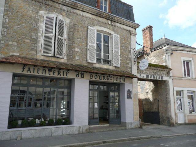 Le magasin d'usine - Faïencerie Bourg-Joly - Malicorne