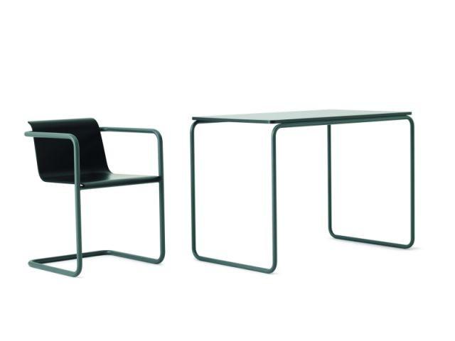 Siège et table en tubles d'acier - Chaise Thonet Muji