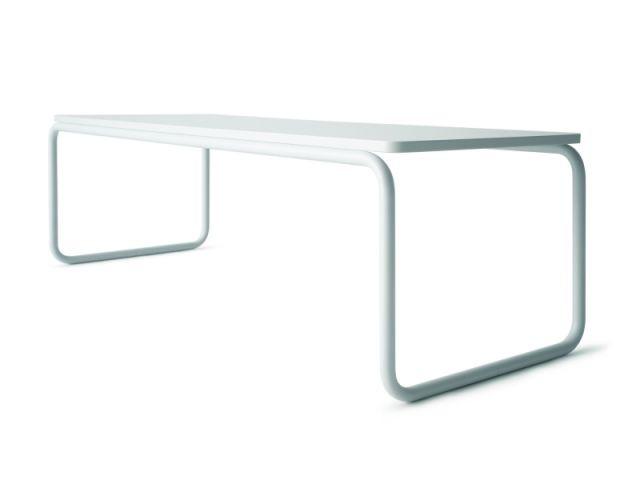Table en tubes d'acier - Chaise Thonet Muji