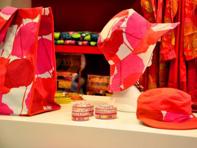 Une collection aux imprimés colorés - boutique la fiancée du mékong