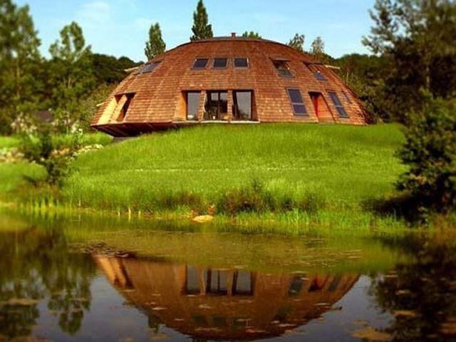 Une Maison Qui Tourne Avec Le Soleil