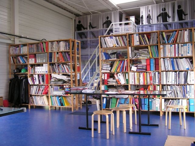 bibliothèque maison conteneurs/serres