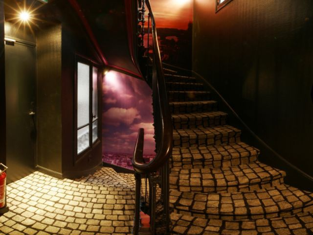 escalier du Sublim Eiffel