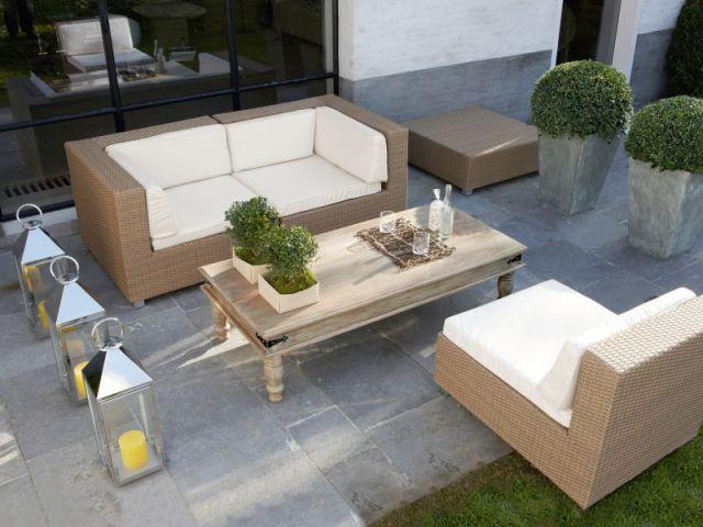 Tenir salon au jardin