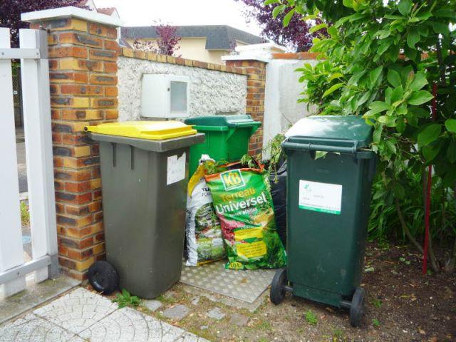 Poubelles - tri sélectif - ordures - déchets