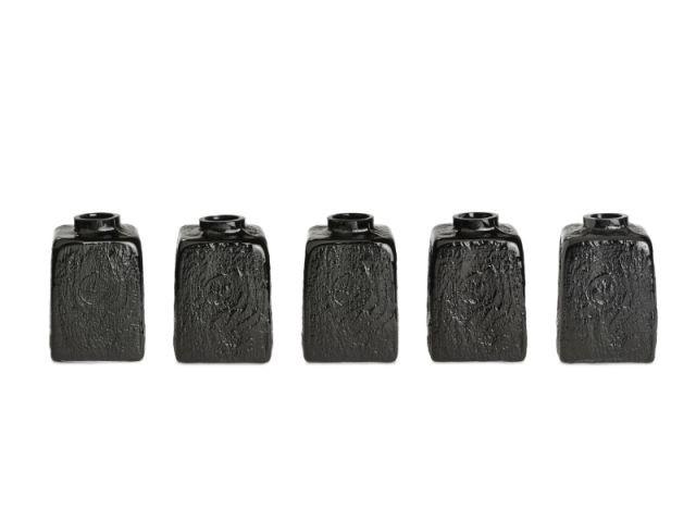 """Vases noirs """"Douglas"""" - design parade"""
