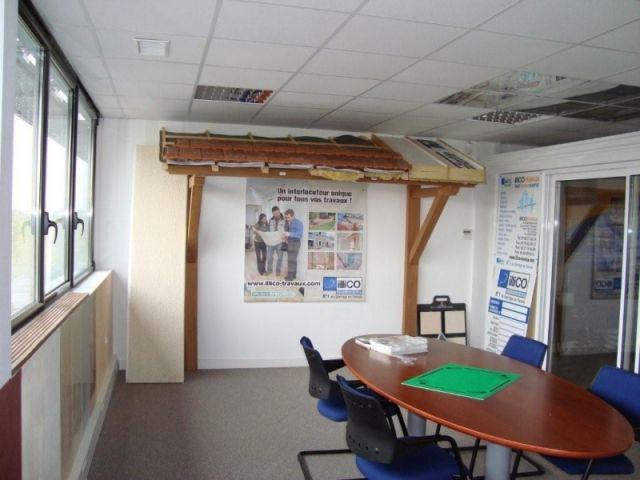 Un exemple de toiture - illico travaux showroom des métiers