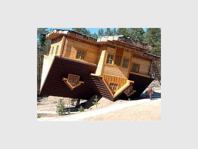 Maison retournée de Daniel Czapiewski