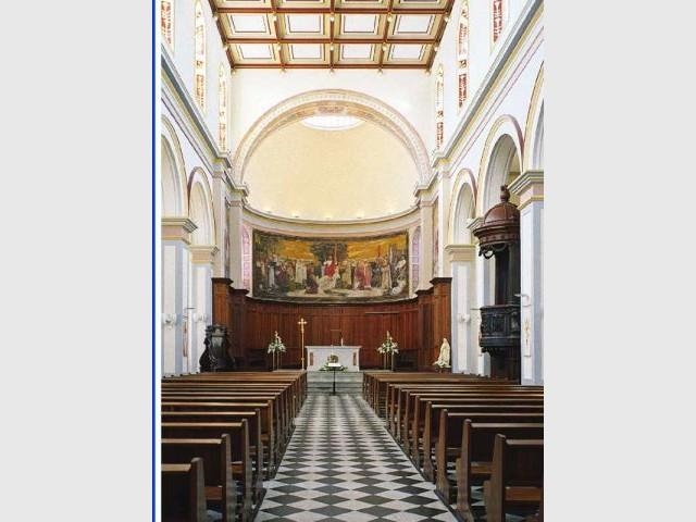 Intérieur de la cathédrale de Saint-Denis - Ile de