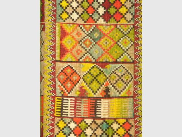 Tapis et Textiles de Méditerranée - Ed. du Chêne page 123