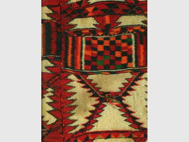 Tapis et Textiles de Méditerranée - Ed. du Chêne page 175