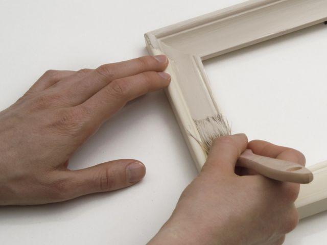 Pose de la peinture - cadre customisé