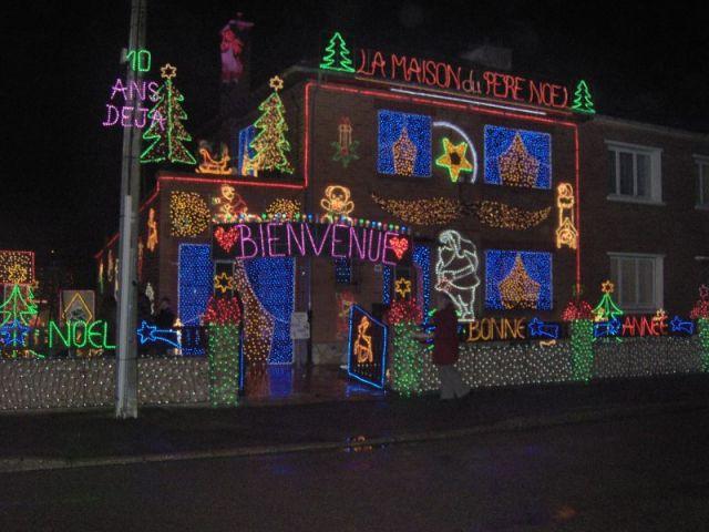 Maison illuminée - Illuminations de Noël