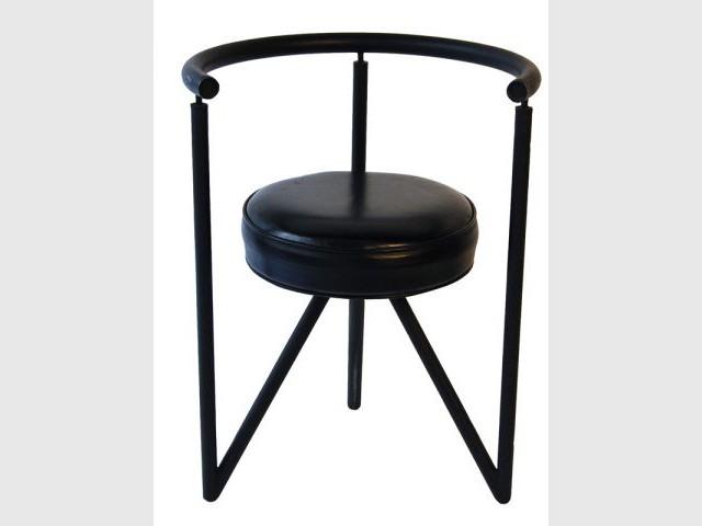 quand philippe starck s 39 expose et se vend. Black Bedroom Furniture Sets. Home Design Ideas