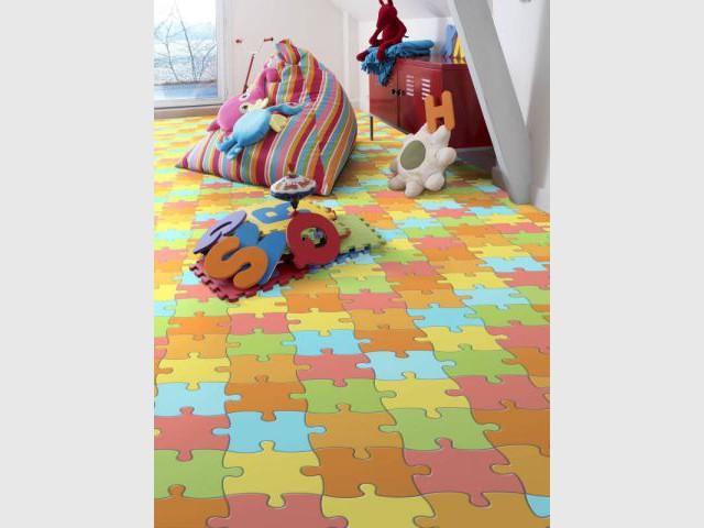 Chambres d 39 enfants la dynamique par le sol - Revetement sol chambre adulte ...