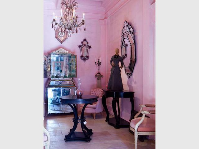 Esprit boudoir - Chantal Thomass aux puces