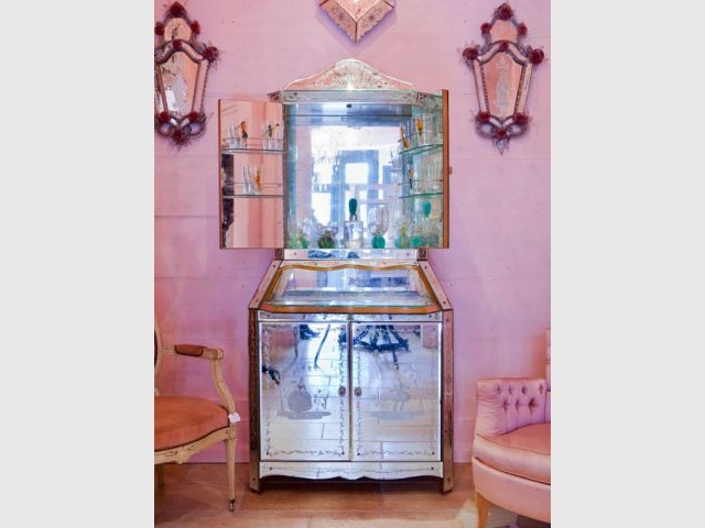 meuble bar - Chantal Thomass aux puces