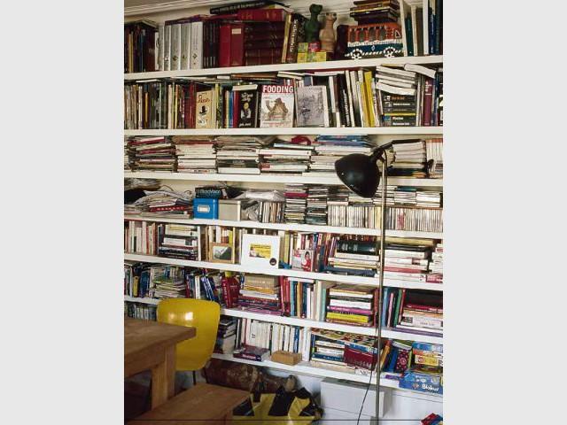 Le journaliste - bibliothèque