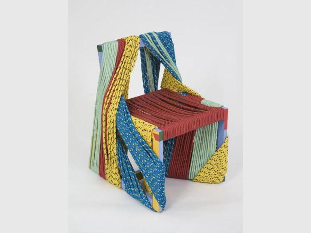 Africa chair 2/2 - Exposition  Rodrigo Almeida