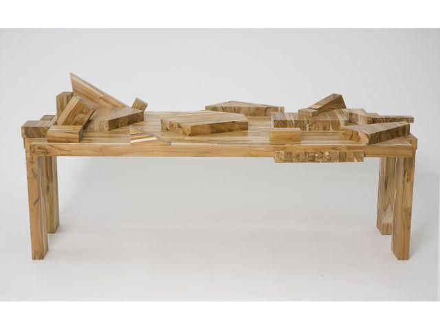 Toquinho coffee table - Exposition  Rodrigo Almeida