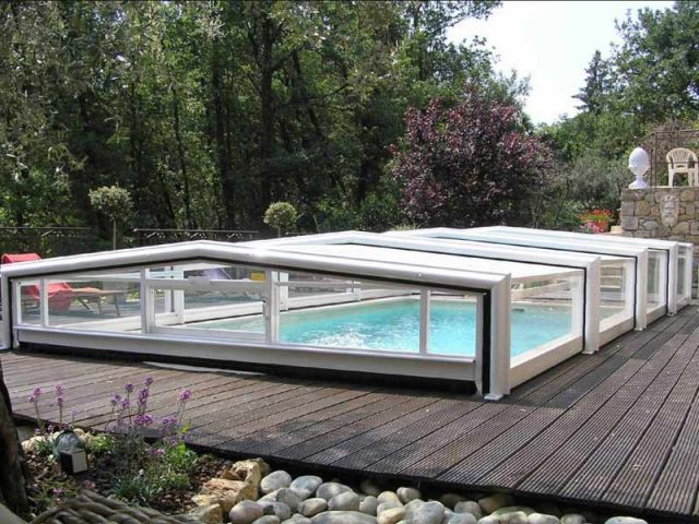 Bas télescopique - abri piscine
