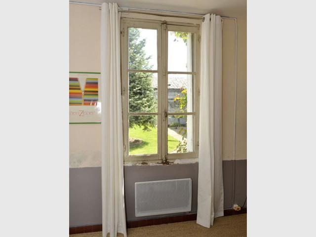 Remplacer une fenetre simple mise en place vitre fenetre for Remplacer vitre fenetre