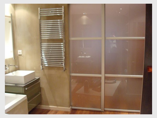 Porte translucide - Salle de bains