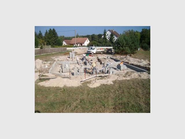 Début du chantier en octobre 2009 - maison bio climatique