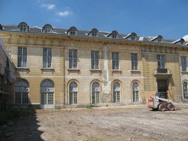 Cour intérieure, dans son état actuel - hôpital Royal Richaud Versailles