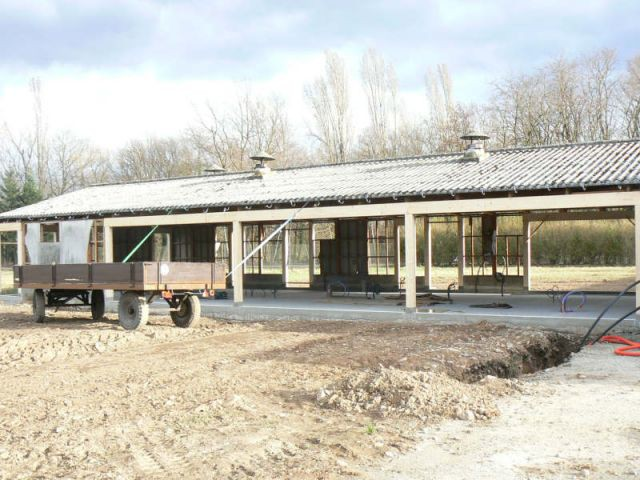 Travaux - Mars 2008 - Reportage rénovation porcherie