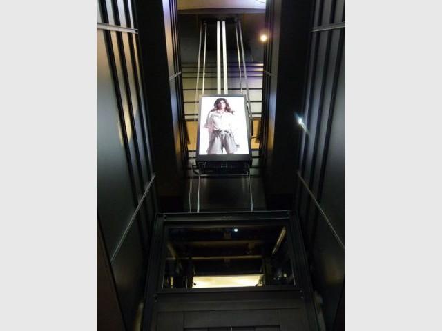 Ascenseurs - h&m