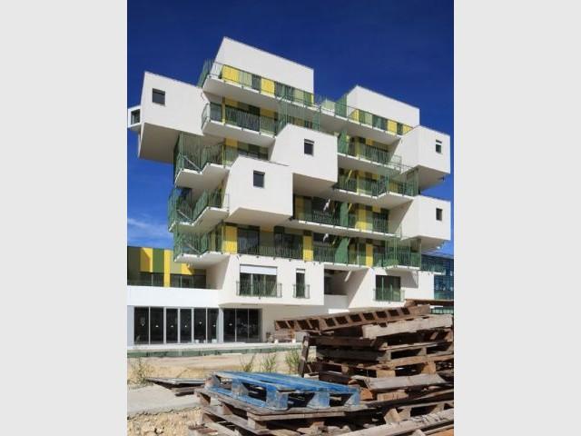 Des balcons et des cubes - Koz architectes logements