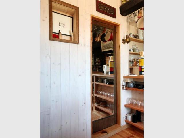 1 chalet 2 yourtes pour maison 2 2 am nagement et d coration. Black Bedroom Furniture Sets. Home Design Ideas