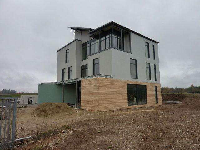 Une maison pr t poser en acier for Pret agrandissement maison