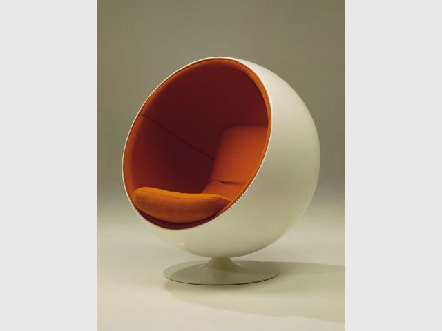 Bowl chair - Roche Bobois 50 ans de design