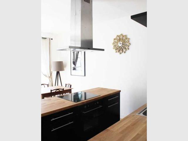 quand paris inspire un relooking d 39 appartement. Black Bedroom Furniture Sets. Home Design Ideas