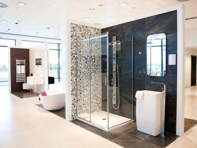 porcelanosa offre un lifting ses magasins. Black Bedroom Furniture Sets. Home Design Ideas