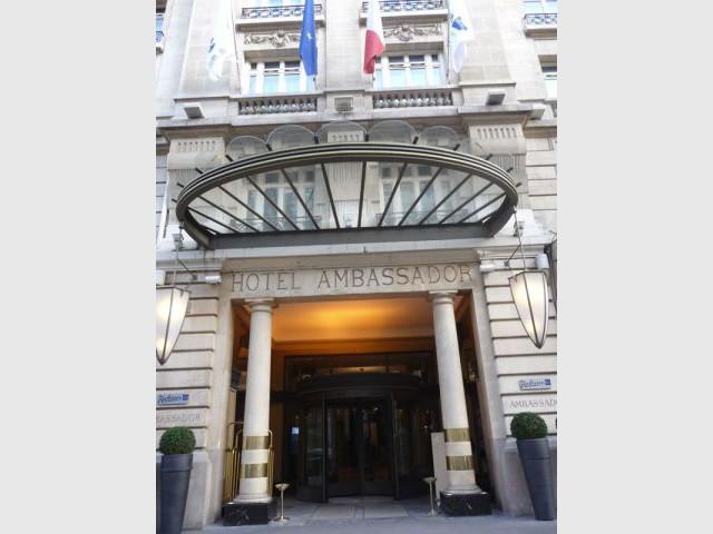 Entrée - hôtel Ambassador de Paris Opéra