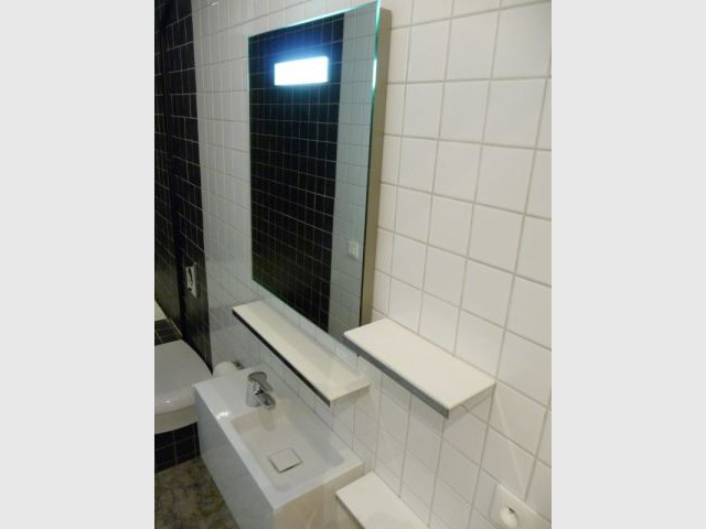 Encombrement réduit - Reportage salle de bains