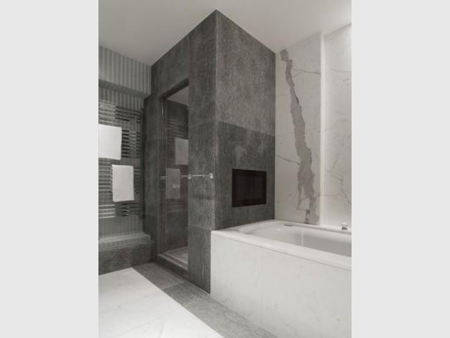 Suite Master - Salle de bains Femme - Appartement rue Hoche