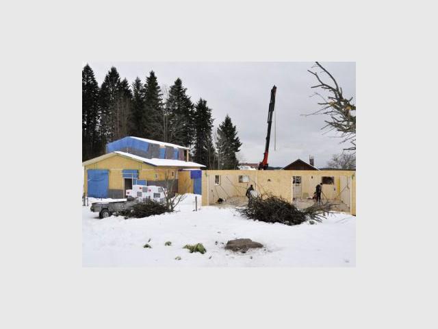 Maisons bois : le système du bois massif tourillonné (suite) - Chantier Bois&Futur