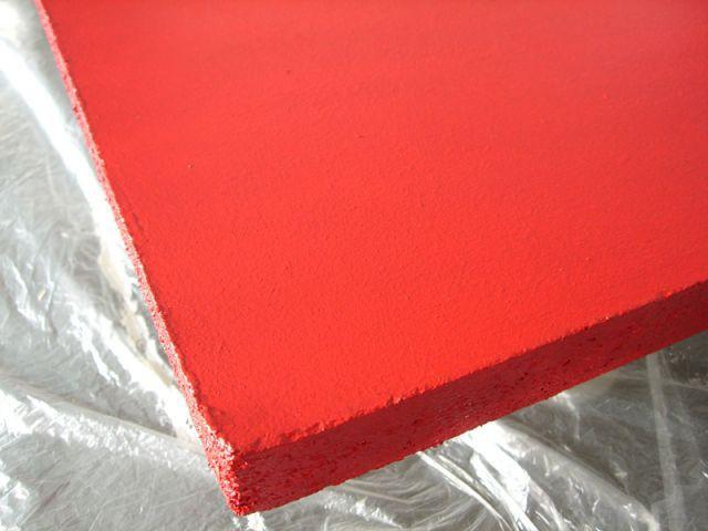 La peinture rouge - 2ème couche - Les Ateliers de Mireia