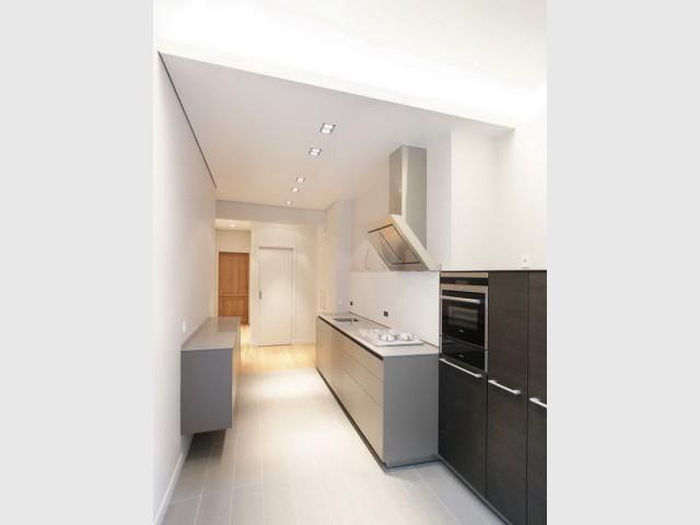 Meubles anciens et pièces modernes pour un appartement mosaïque (suite) - Appartement B
