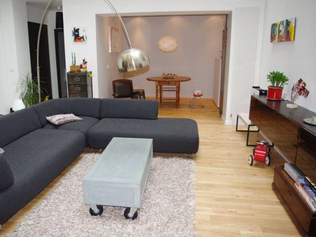 Pièce à vivre - Vue depuis la cuisine... - Appartement Montmartre