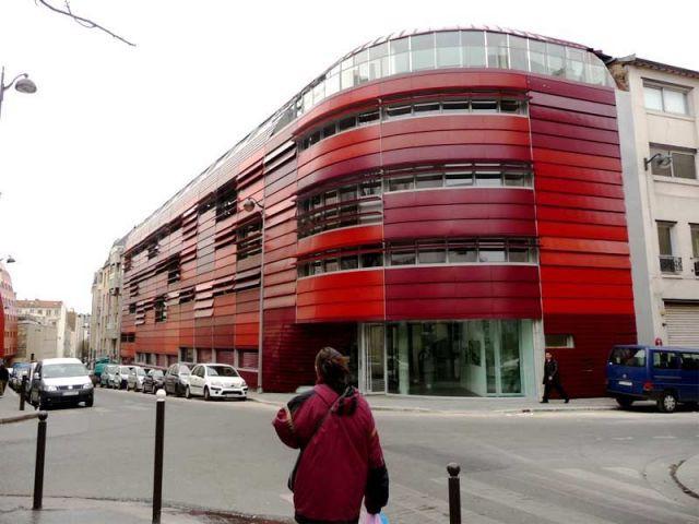 Rouge - résidence étudiante Belleville Brigitte Métra