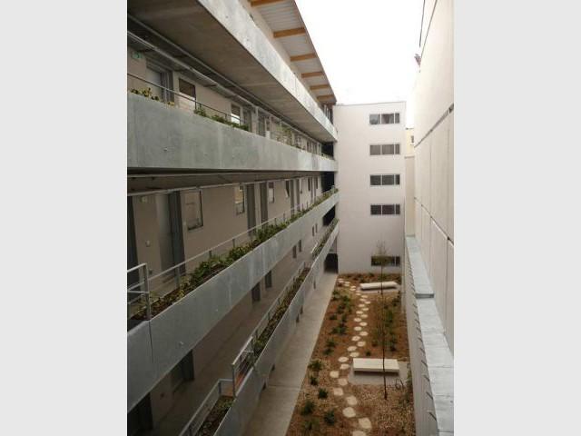 Coursives - résidence étudiante Belleville Brigitte Métra