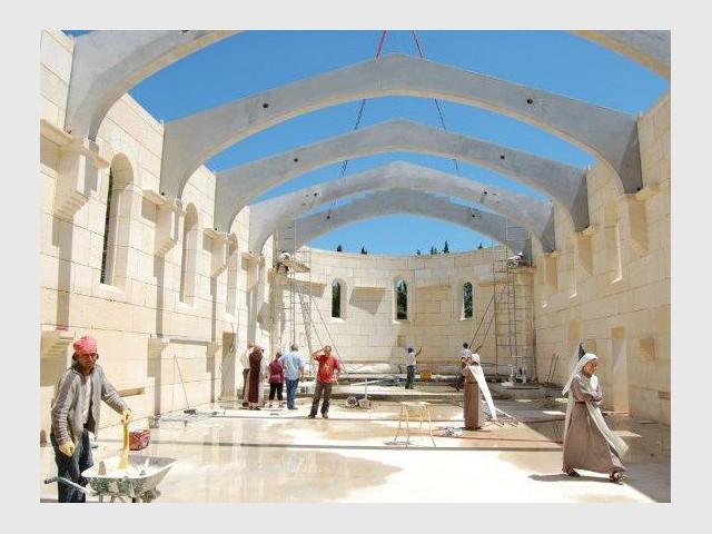 Austérité et solidarité - Bâtisseur de monastère