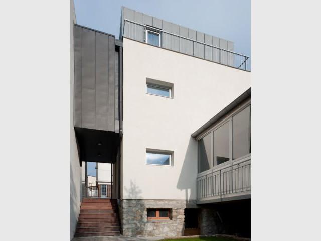 Moderniser le style classique pavillonnaire - Reportage extension Vanves