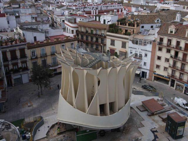 Début des travaux des piles en 2008 - Parasol Seville Finnforest